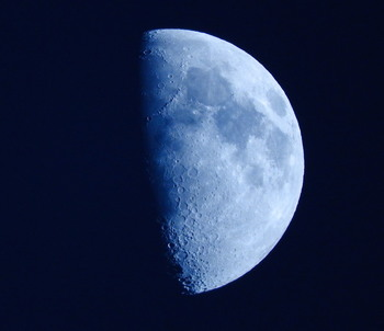 20160910 moon2.jpg