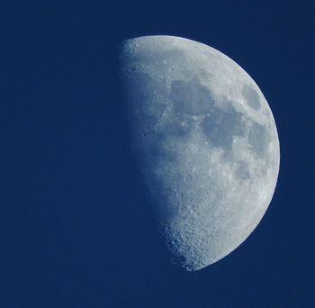 20161208 moon.jpg
