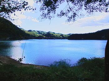 20170929 Kamahusa Lake-1.jpg