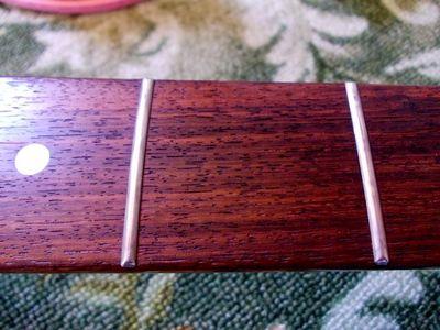 G&L L-2000 Finger board.jpg